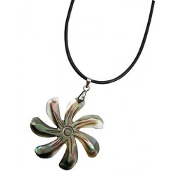 Mother of Pearl Tiare Necklace
